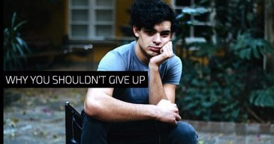 Why You Shouldn't Give Up Acting